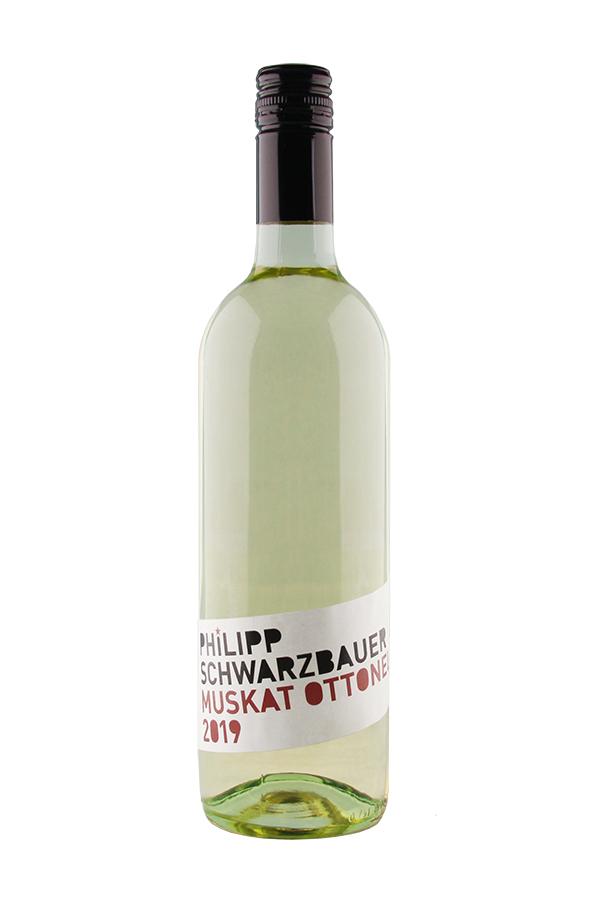 Weinflasche Muskat Ottonel vom Weingut Schwarzbauer